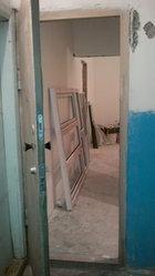 металлическую дверь свою,  толшина 2мм. с коробкой